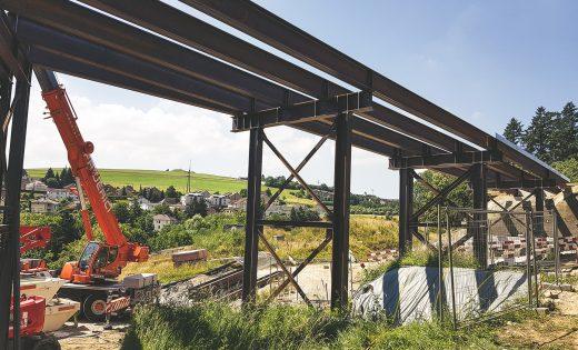 Provisorische Brücken der Brücke über den Lavapesson – ASTRA