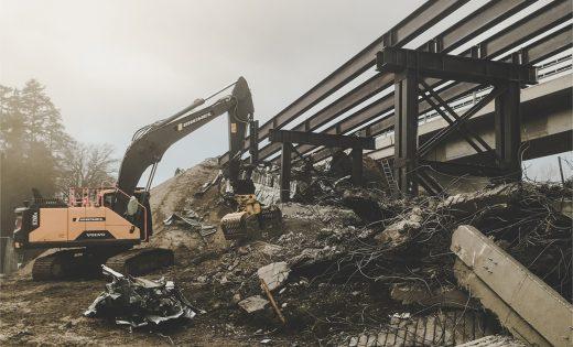 Abbruch der provisorischen Ein- und Ausfahrtsrampen der Lavapesson Brücke – ASTRA